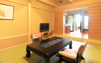 Japanisches Zimmer im Hotel Hoshokaku Takayama, Takayama, Japan