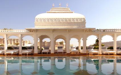 Außenansicht des Hotel Taj Lake Palace, Udaipur