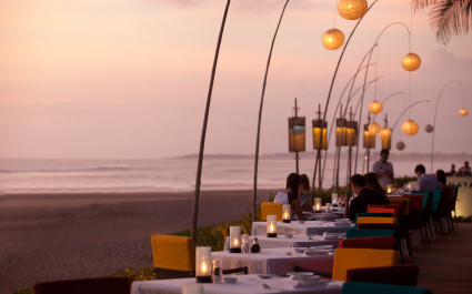 Enchanting Travels ali Tours Samaya Seminyak Sunset at Breeze (2)