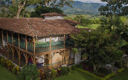 Außenansicht der Hacienda Bambusa, Kolumbien