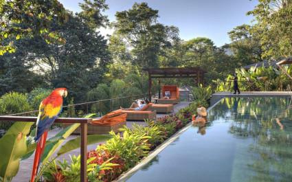 Poolanlage des Nayara Springs Hotels in Arenal, Costa Rica