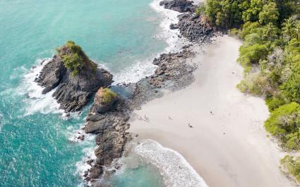 Unberühter Strand in Costa Rica