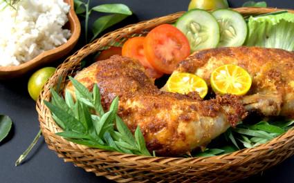 Enchanting Travels Asia Tours Cuisine in Malaysia ayam goreng