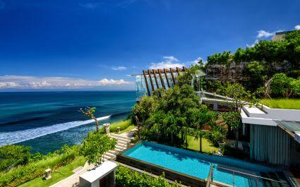 Guest villa with pool at Anantara Uluwatu Bali Resort Hotel in Uluwatu, Indonesia