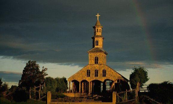 tierrachiloe_iglesia-chiloe-2-e1430986068139