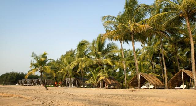 Enchanting Travels - South India Tours- Nattika Beach Resort - Beach