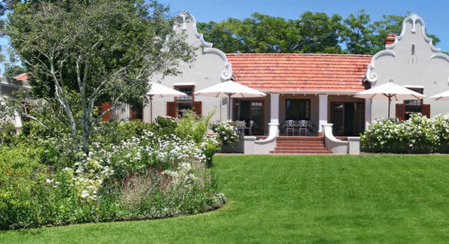 Exterior view at hotel Glen Avon Lodge in Cape Town, South Africa
