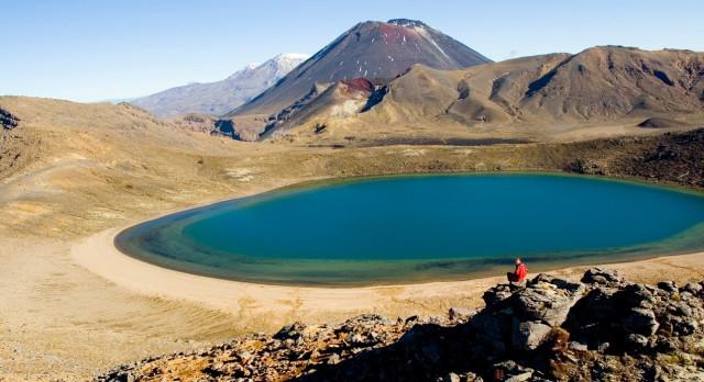 Enchanting Travels New Zealand Tours Blue-Lakes-Tongariro-National-Park-Ruapehu