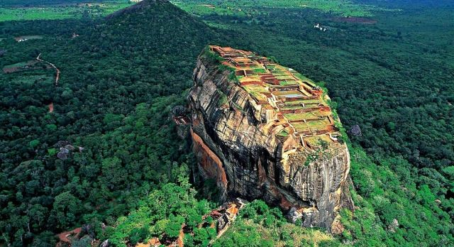 Highlights of Sri Lanka - Sigiriya Rock