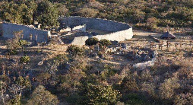 Highlight für Geschichtsinteressierte auf Afrika Rundreisen: Ruinenstadt in Simbabwe