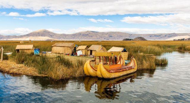 Die schwimmenden Inseln der Uros auf dem Titicaca-See