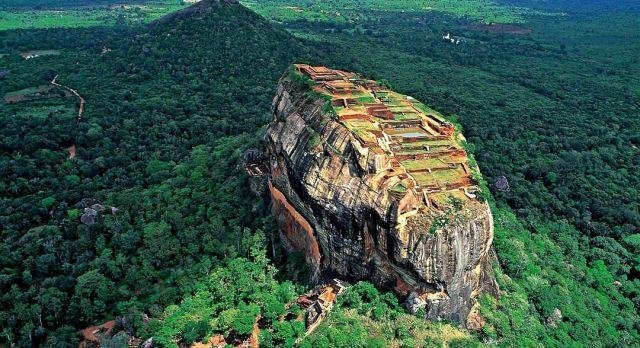 Gehört zu den spektakulärsten Highlights von Sri Lanka: Die Felsenfestung Sirigiya