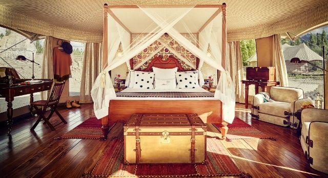 enchanting-travels-the-ultimate-travelling-club-leh-5