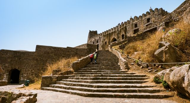 Amble in the Golconda Fort of Hyderabad on your South India vacation
