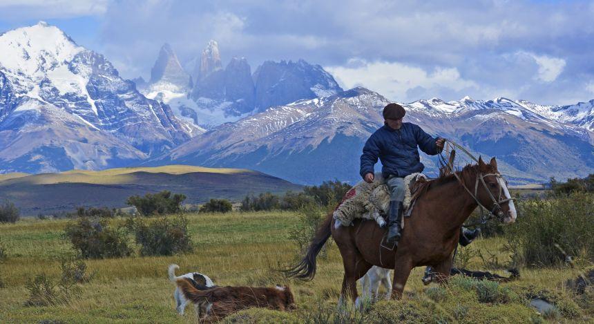 Ein Gaucho im argentinischen Teil Patagoniens