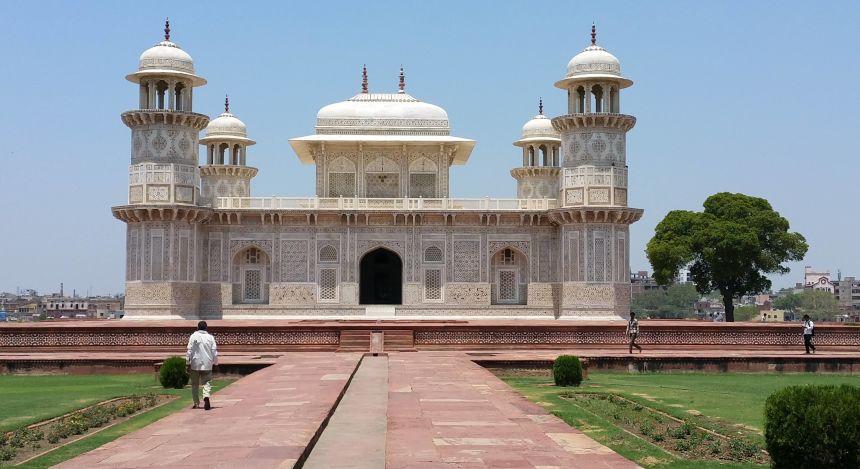 Das Itimad-ud-Daula-Mausoleum
