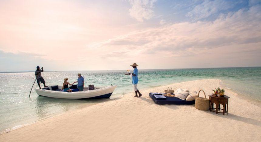 Boot beladen Boot am Strand