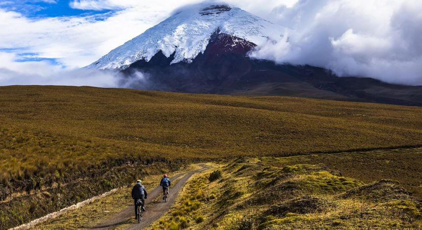 Mountain biking in Cotopaxi national park