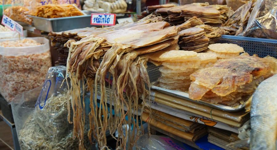 Marktstand auf dem Markt von Hua Hin