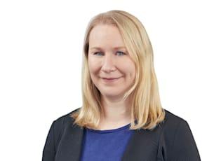 Dr. Stefanie Greifeneder