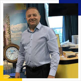 Rob Windsor - Hey Business development at Findsignage