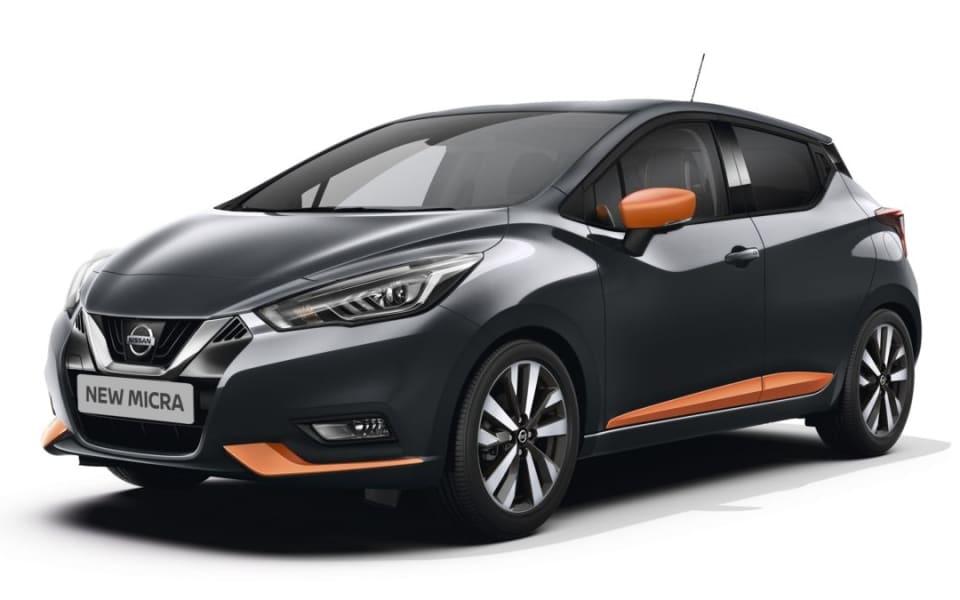 Tofarget Nissan Micra i Sort med orange detaljer