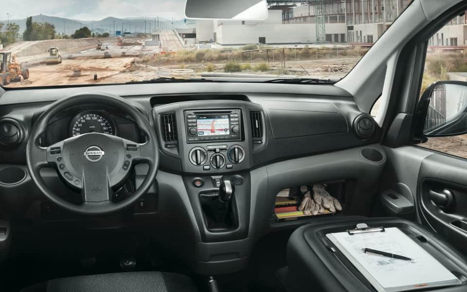 Nissan NV200 interiør førerposisjon