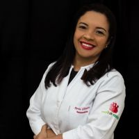 Dra. Renata Oliveira