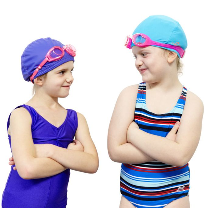 Instagram-Junior_females_wearing_swimming_caps_ands_goggles.jpg