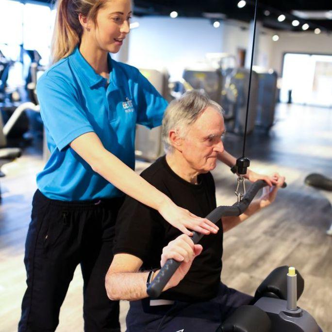 gym assist older man