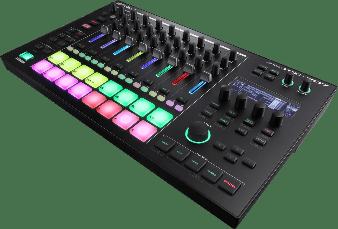 Black Roland MC-707 Groovebox.3