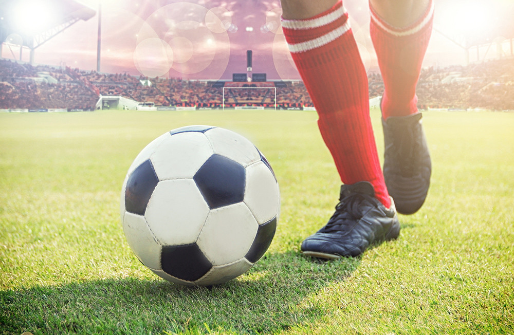 Four ways investing is just like a game of football