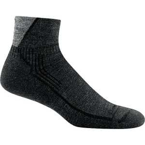 Darn Tough 1959 Hiker 1/4 Cushion Socks - Black