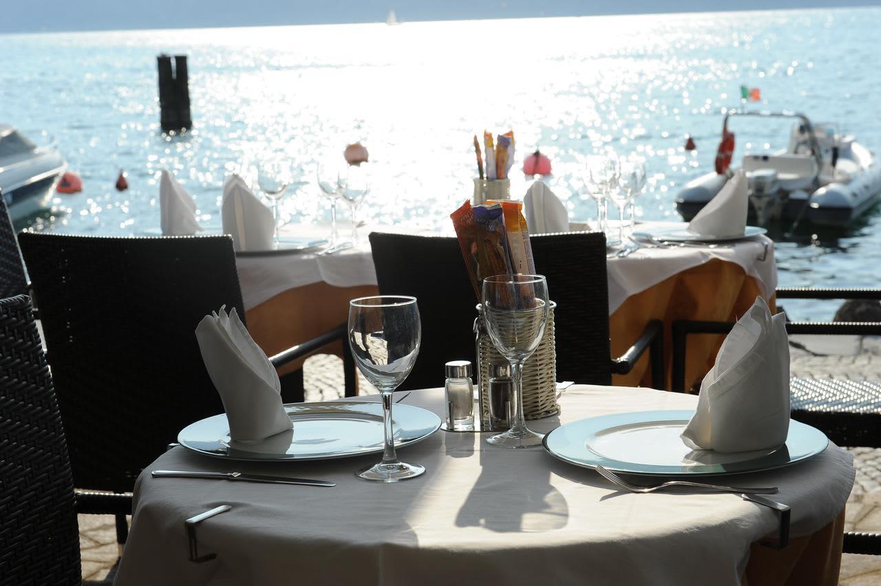 Hotel Excelsior Bay Malcesine Lake Garda Italy Holidays