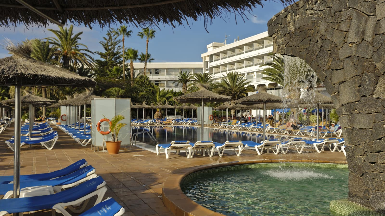 Hotel san antonio lanzarote holidays with topflight for H r motors san antonio