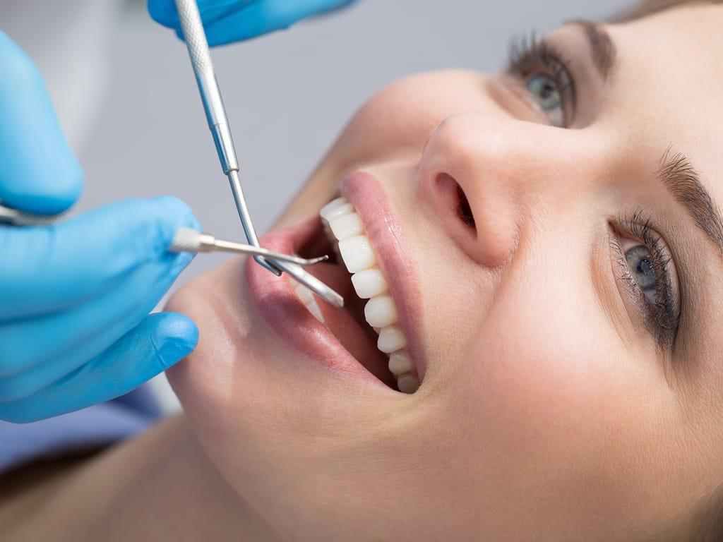 soins esthetiques dentaires