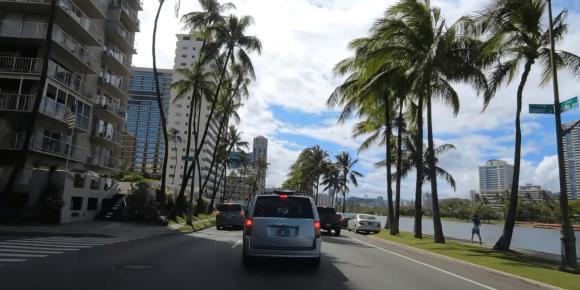 Faites le tour des plus grandes villes en voiture !