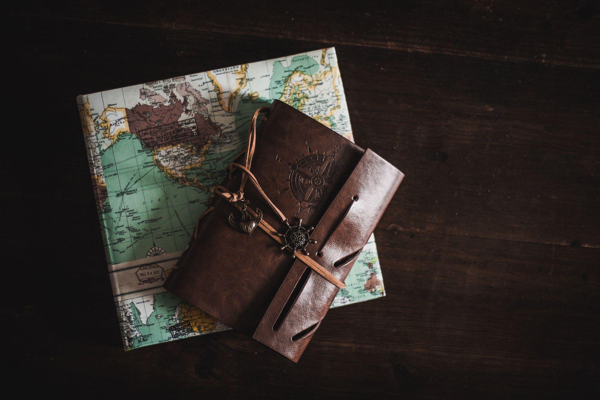 10 cadeaux à offrir aux amoureux du voyage 🗺️