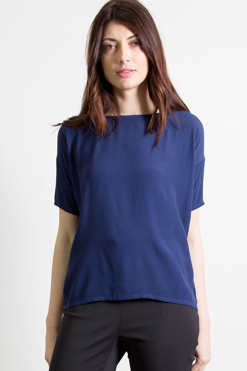 100% Viscose Top Square Shape With Half Sleeves