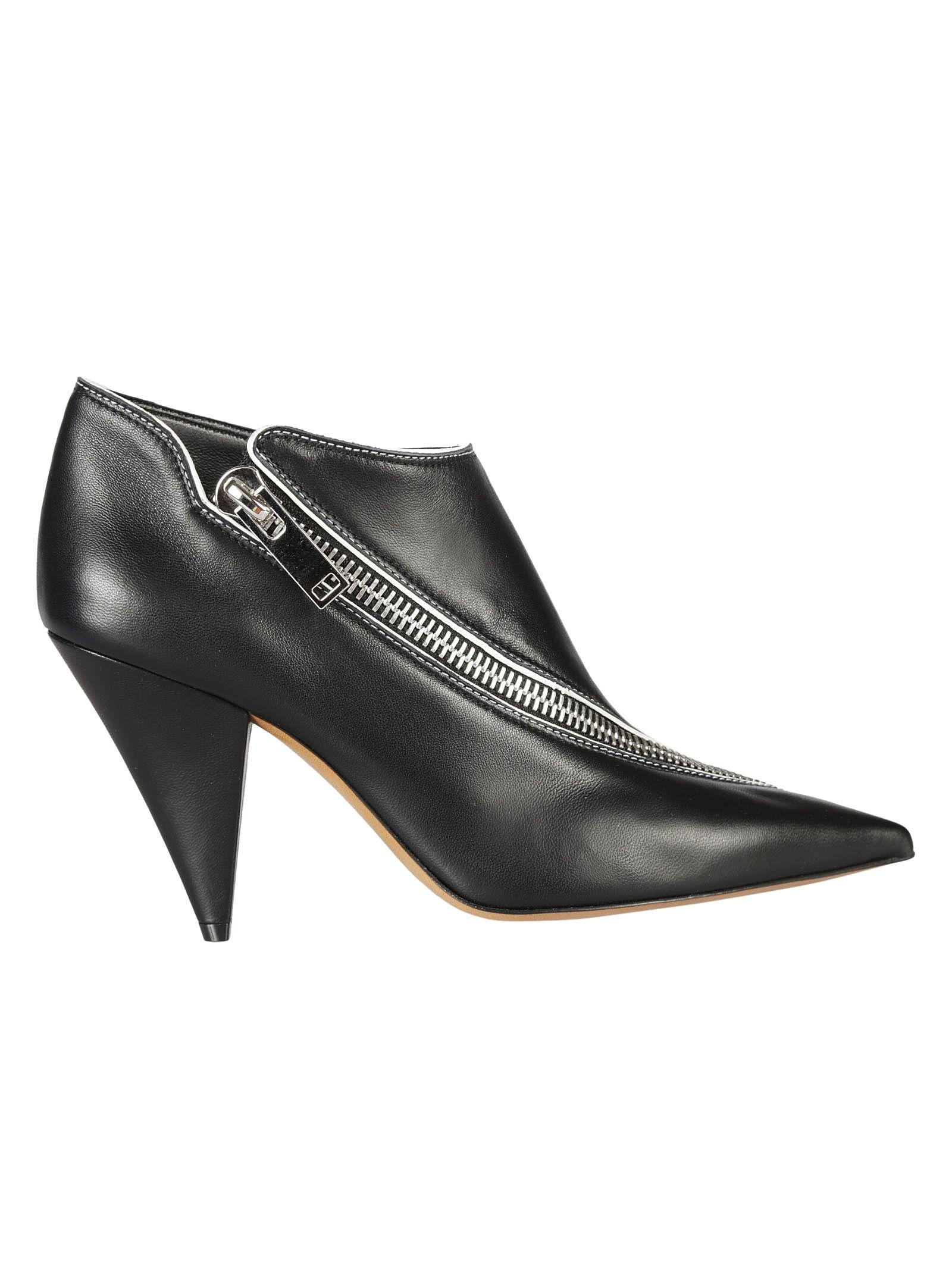 Celine - Celine Zipped Ankle Boots