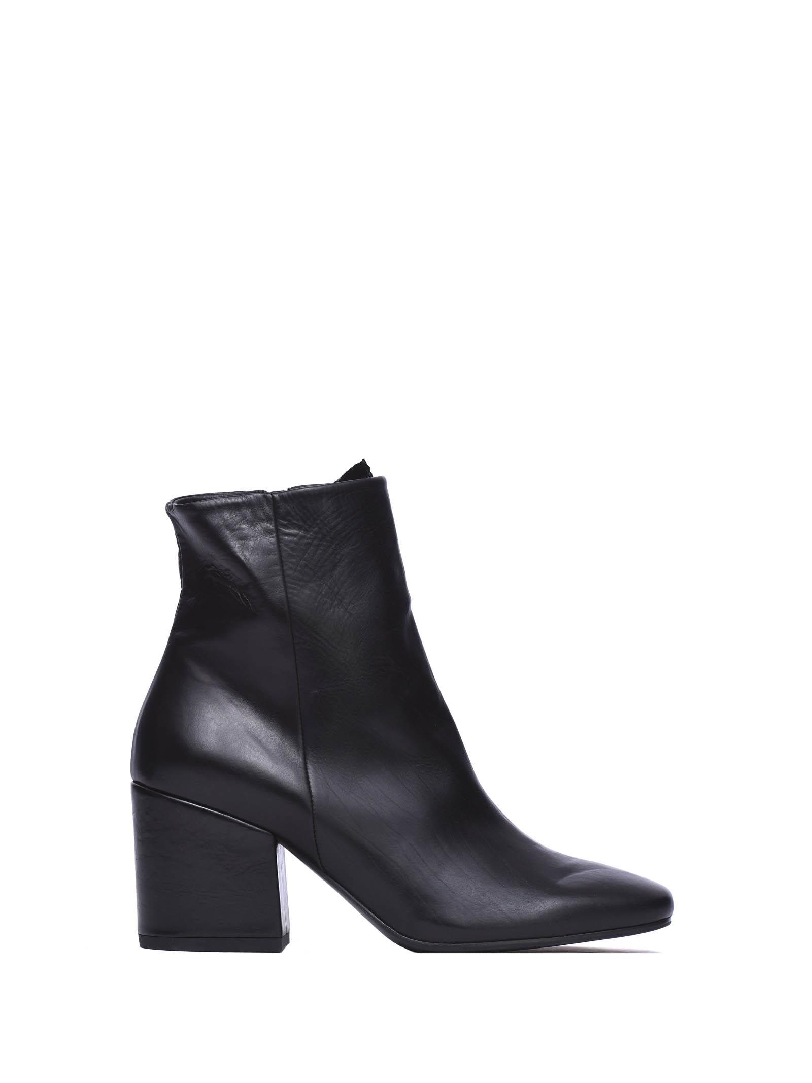 Vic Matié Black Leather Square-toed Ankle Boots