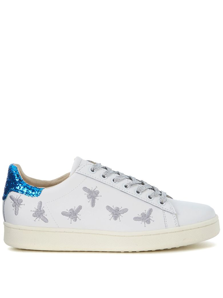 M.O.A. MASTER OF ARTS MOA WHITE LEATHER SNEAKER WITH EMBROIDERED INSERTS AND SEQUINS