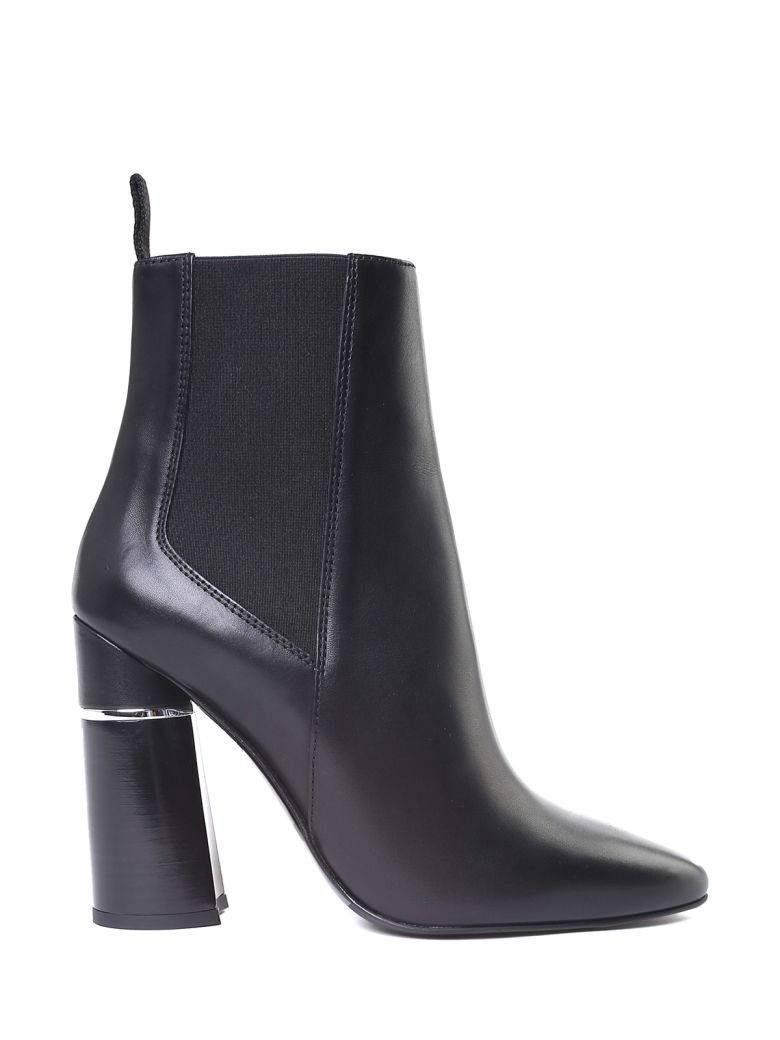 Drum Smooth-Leather Ankle Boots in Black