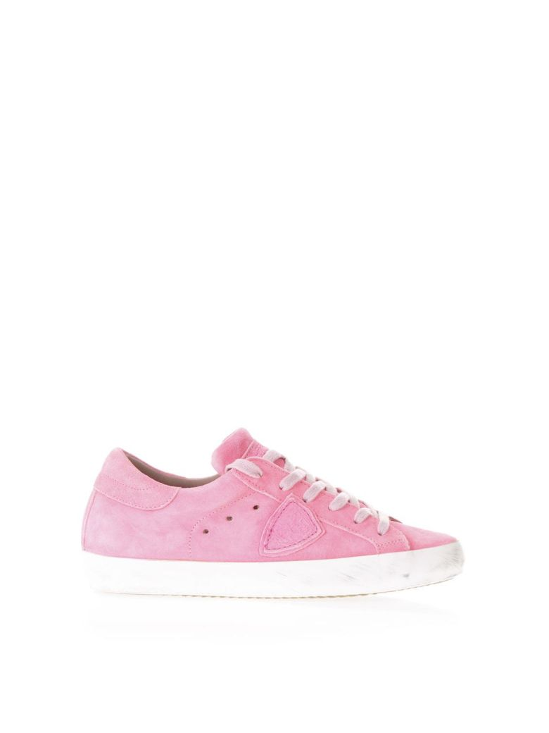 FUXIA SUEDE SNEAKERS