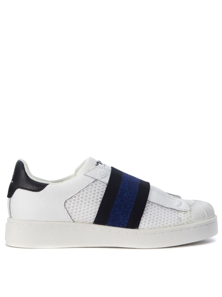 M.O.A. MOA SLIP ON IN WHITE LEATHER WITH BLUE ELASTIC STRAP