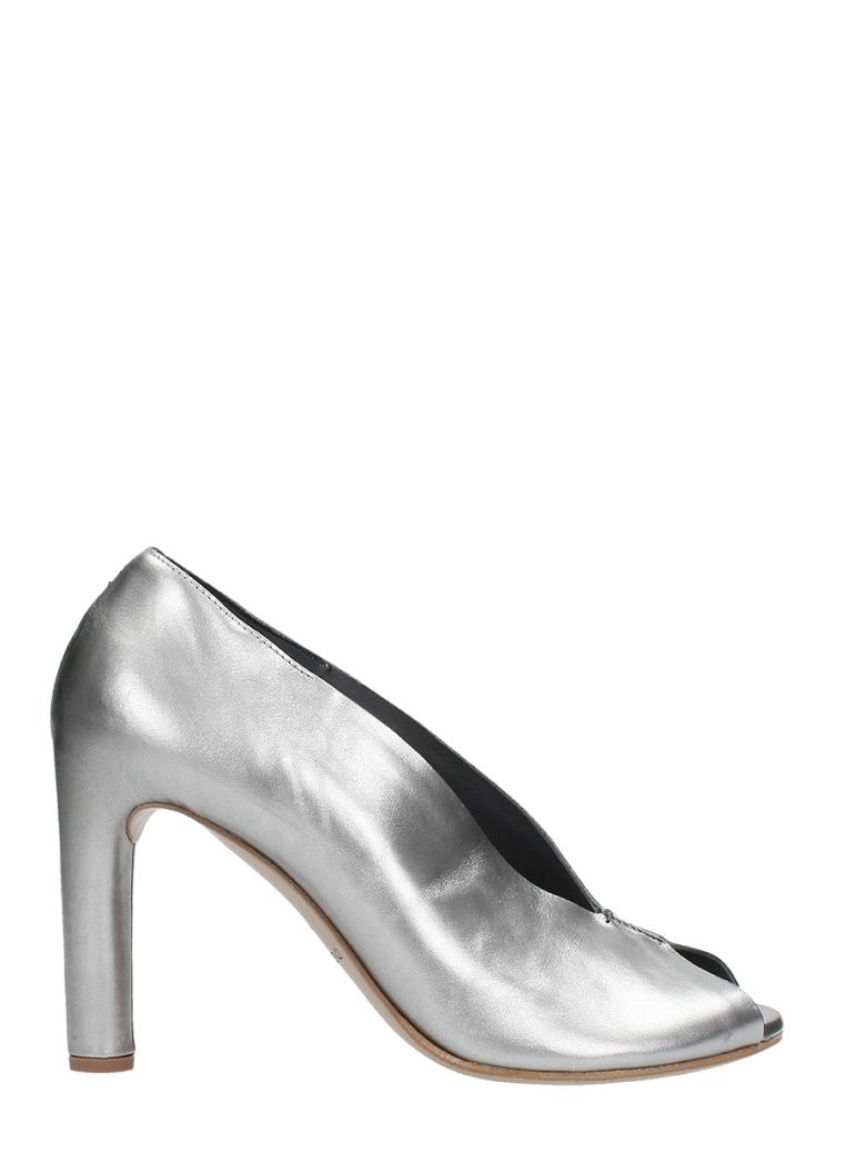 ROBERTO DEL CARLO SILVER LEATHER PUMPS