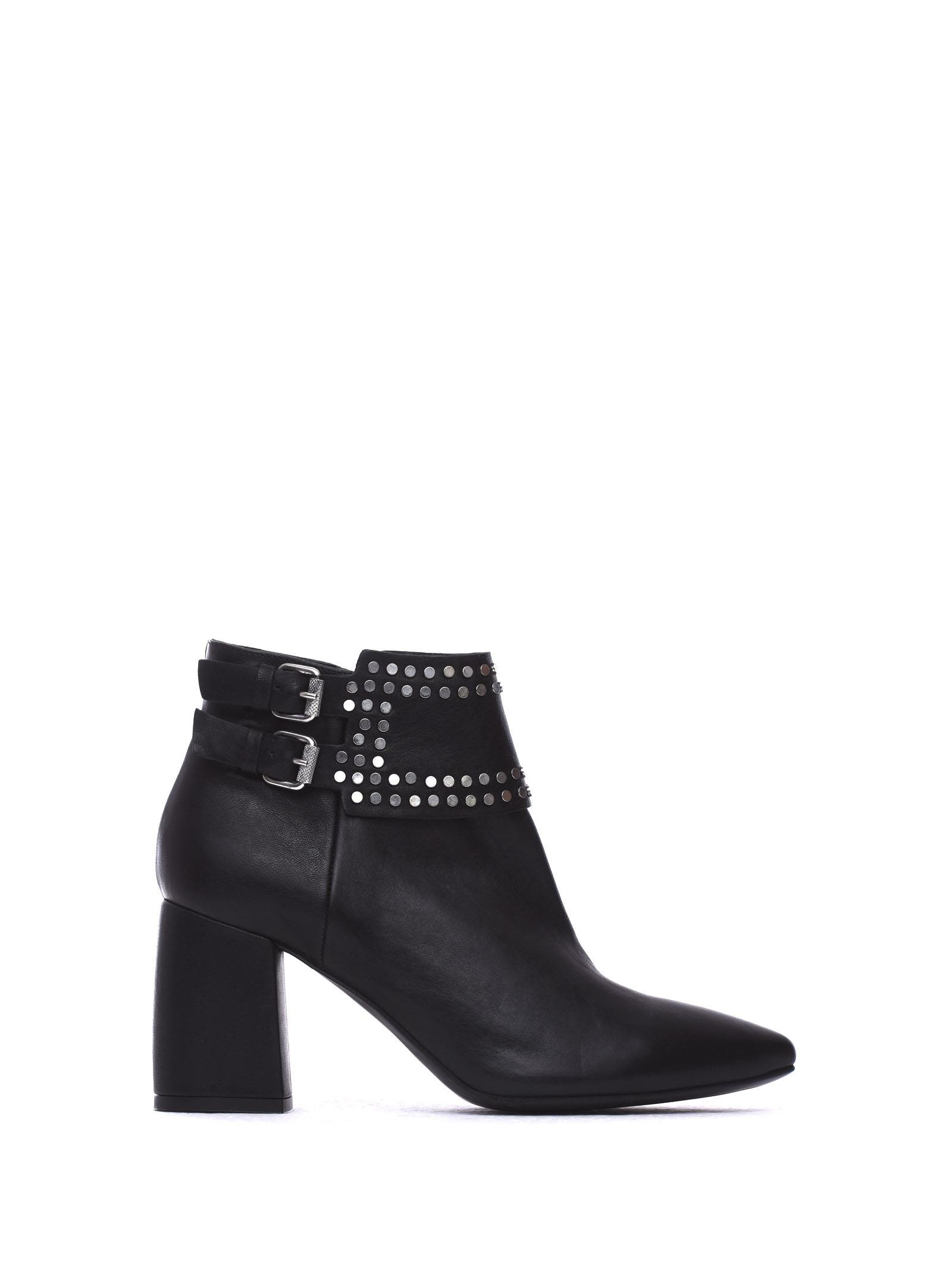 JANET & JANET Matilde Black Ankle Boots in Nero