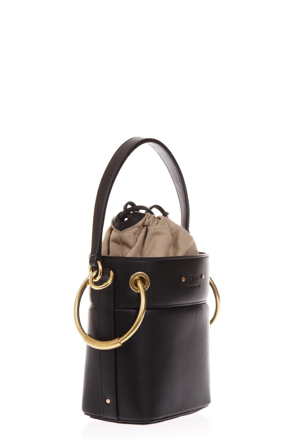 CHLOÉ BLACK DUFFLE BAG IN LEATHER
