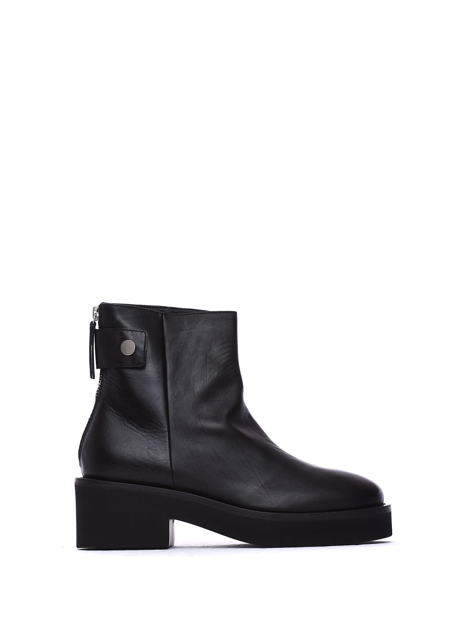 VIC MATIE Black Leather Heeled Ankle Boots With Press-Stud in Nero