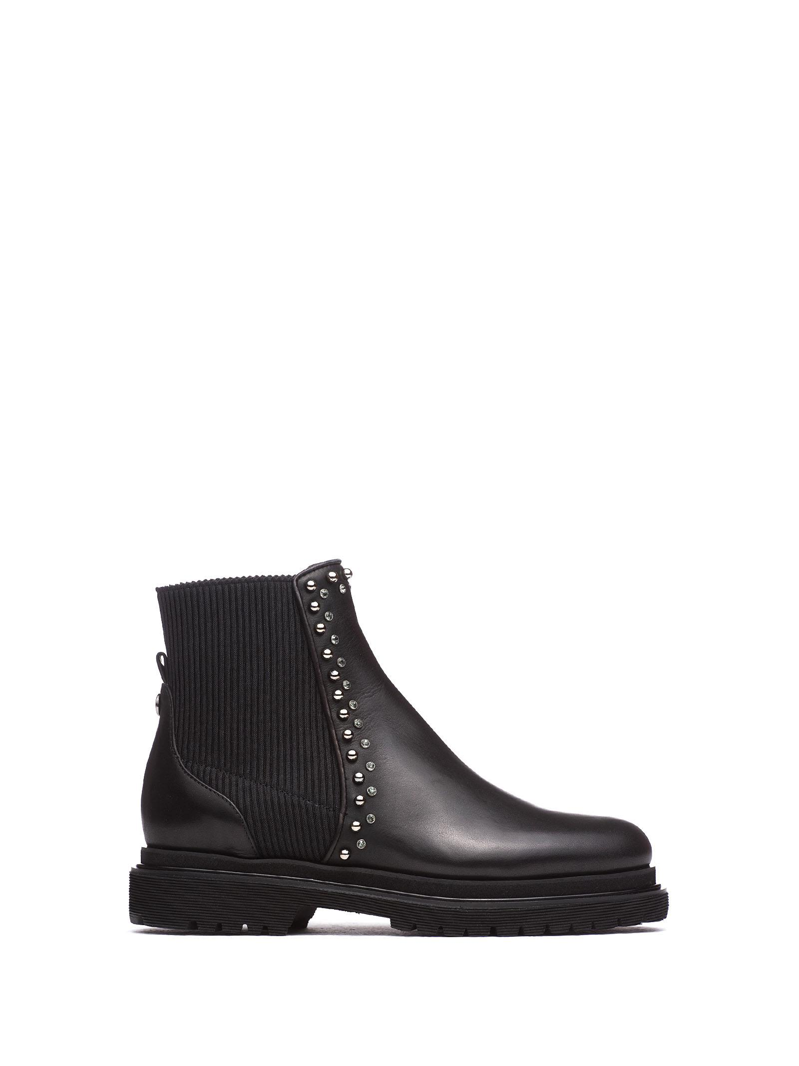 NINALILOU Black Ankle Boot With Studs in Nero